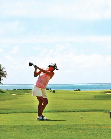 golf-village-green